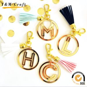 2017 Hot Selling Letter Tassel Metal Key Ring Key Chain pictures & photos