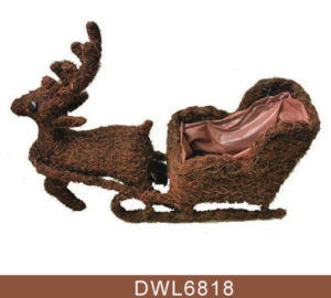 Christmas Decoration Animal Shaped Deer with Sled Outdoor Planter pictures & photos