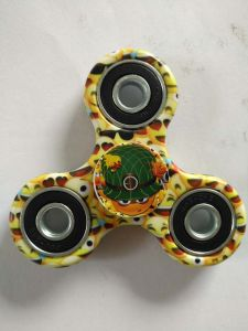 Tri-Spinner Fidget Toy Emoji Smile Happy Face Hand Finger Spinner pictures & photos