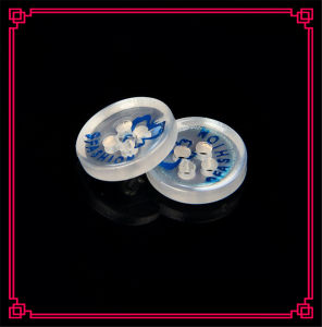 Clear Color Factory Price 4holes Shirt Resin Button pictures & photos