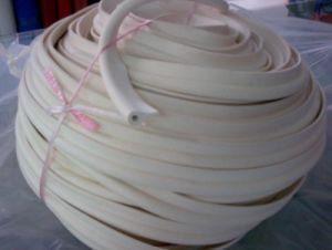 Silicone Extrusion, Silicone Stripes, Silicone Profile Made with 100% Virgin Silicone (3A1004) pictures & photos