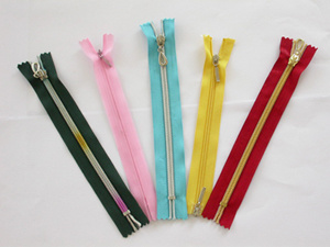 Nylon Zipper for All Type (3#, 4#, 5#, 7#8#, 10#) pictures & photos