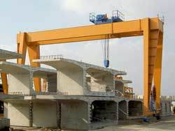 Loading Gantry Crane pictures & photos