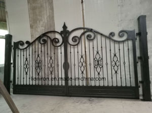 Beautiful Hand-Crafted Wrought Iron Gates for Garden pictures & photos