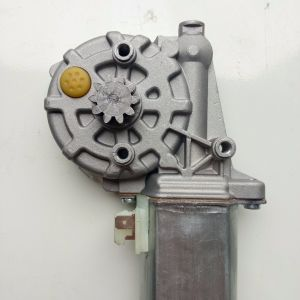Power Window Motor Use for Man, Merceds-Benz, Scania 0130821041 pictures & photos