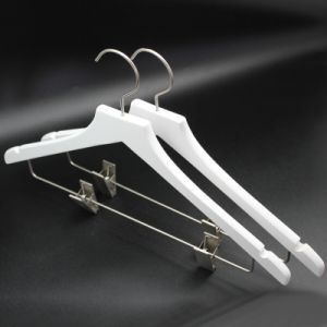 Yeelin White Wooden Suit Hanger with Metal Clips pictures & photos
