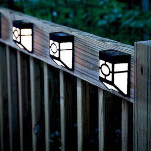 LED Outdoor Solar Light/Wall Mounted Solar Park Light pictures & photos