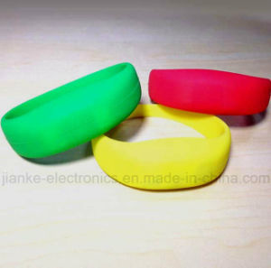 Logo Printing LED Blinky Wristbands for Promotion Gifts (4010)