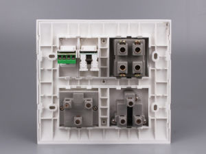 6/16A Type Universal Type 32A Module Combined Switched Socket pictures & photos