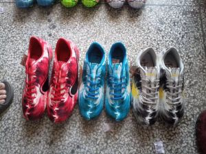 High Quality for Football Shoes, Soccer Shoes, Men′s Soccer Shoes, Children′s Football Shoes, 10000pairs pictures & photos