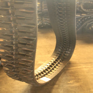 250*52.5 Construction Machinery Rubber Track pictures & photos