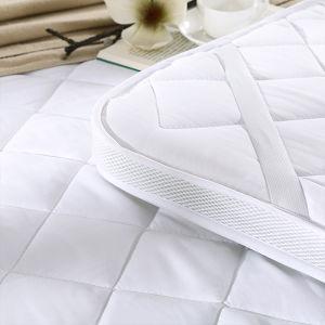 Microfiber Filling Cotton Hotel White Mattress Topper/Mattress Pad pictures & photos