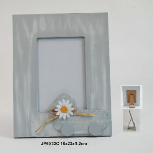 Chic En71 ASTM Standard Wooden Photo Frame with Artificial Flower pictures & photos