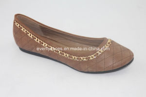 High Quality Women Flat Shoes with Metal Encircled Decoration pictures & photos