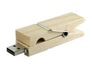Clothes Pin Shaped Wooden USB Flash Drive with Actual Peg Style Clasp Mechanism pictures & photos