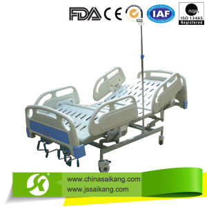 Double Cranked Hospital Bed pictures & photos