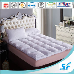 Polyester Mattress Protector for Hotel pictures & photos