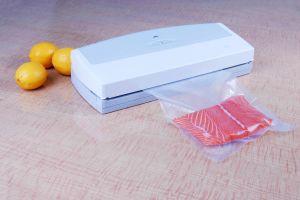 Vacuum Sealer (YJS 100 G) pictures & photos
