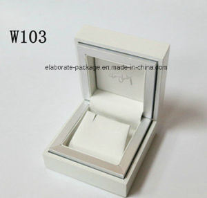 2017 New Style Hanndmade Romantic Wooden Wedding Jewelry Earring Box pictures & photos