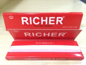 33 Leaves 18GSM Printing Cigarette Rolling Paper pictures & photos