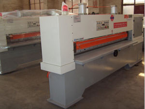 Woodworking Machine Hydraulic Pressure Veneer Clipper pictures & photos