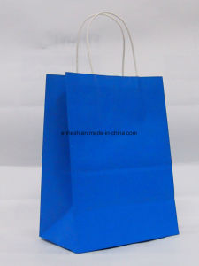 High Quality Christmas Design 120g White Kraft Paper Bag with Handle pictures & photos
