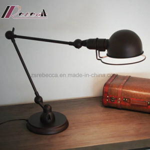 Simple Design Modern Iron Small Table Lamp for Living Room pictures & photos