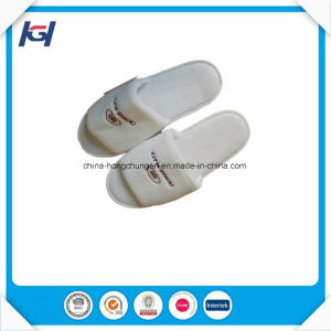 Cheap Wholesale Disposable Soft Velvet EVA Sole Hotel Slippers pictures & photos