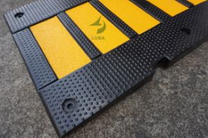 900mm Reflective Road Speed Rubber Hump Speed Breaker pictures & photos