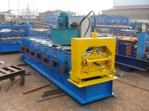 with Ce Certificate High-Tech Roof Ridge Cap Roll Forming Machine pictures & photos