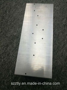 6063 Mill Finish Aluminium Heatsink with Punching Holes pictures & photos