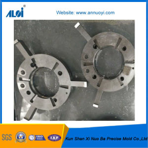 China Manufacturer Supply Precision CNC Machining Flange pictures & photos