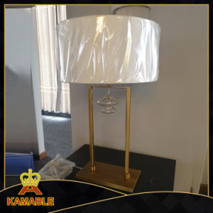 Modern Metal Decorative Desk Lamps (KT06119) pictures & photos