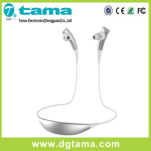 CVC6.0 Noise-Cancelling Bluetooth in-Ear Headset with Mini USB Port pictures & photos