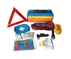 Economical Pratical Car First Aid Kit pictures & photos
