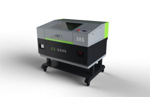 Automatic New Top Quality CO2 Laser Cutting and Engraving Machine Es-6040 pictures & photos