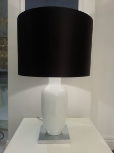 Modern Style with Black Lampshade Hotel Table Lighting (JT13059/00/001) pictures & photos