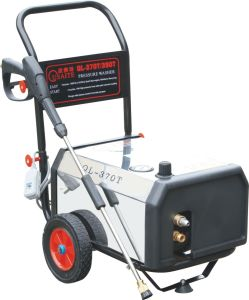 High Pressure Washer for Car Cleaning pictures & photos