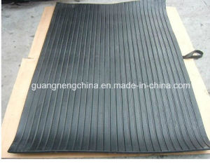 Animal Rubber Mat/ Cow Horse Matting/ Horse Stall Mats (GM0421) pictures & photos