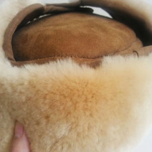 Winter Warm Sheepskin Trapper Hat with Ear Flap for Babies and Children pictures & photos