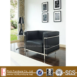 Modern Design Stainless Frame Leather Leisure Sofa (LC3) pictures & photos