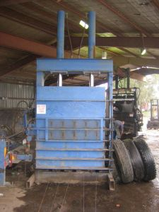 Tyre Baler Fyd1500 pictures & photos