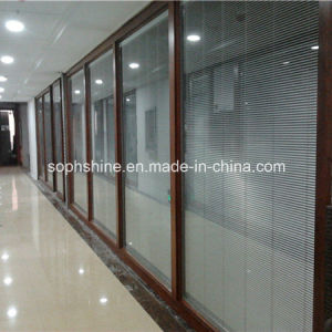 Motorized Aluminium Venetian Blinds in Insulated Tempered Glass for Office Partition pictures & photos
