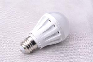 LED Lamp 9W Plastic LED Bulb Lighting pictures & photos