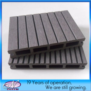 Wood Plastic Composite WPC Decking Fence for Outdoor Flooring pictures & photos