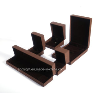 Luxury Brown Jewelry Gift Boxes Bracelet /Necklace / Earring Boxes pictures & photos