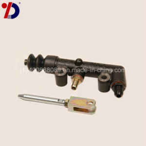 Truck Parts-Clutch Master Cylinder for Mitsubishi pictures & photos