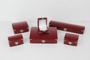 Retro Plastic Gift Jewellery Boxes with Silver Metal Corners pictures & photos