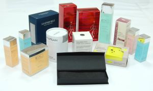 Custom Folding Color Cosmetic Paper Box pictures & photos