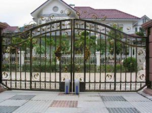 Powder Coating Wrought Iron Gate Designs pictures & photos